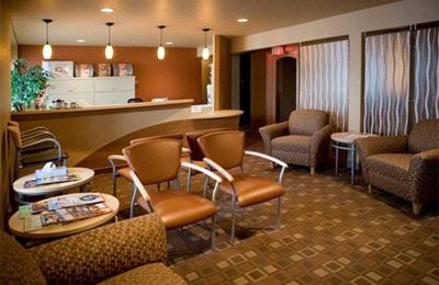 Chiropractic De Pere WI Waiting Room